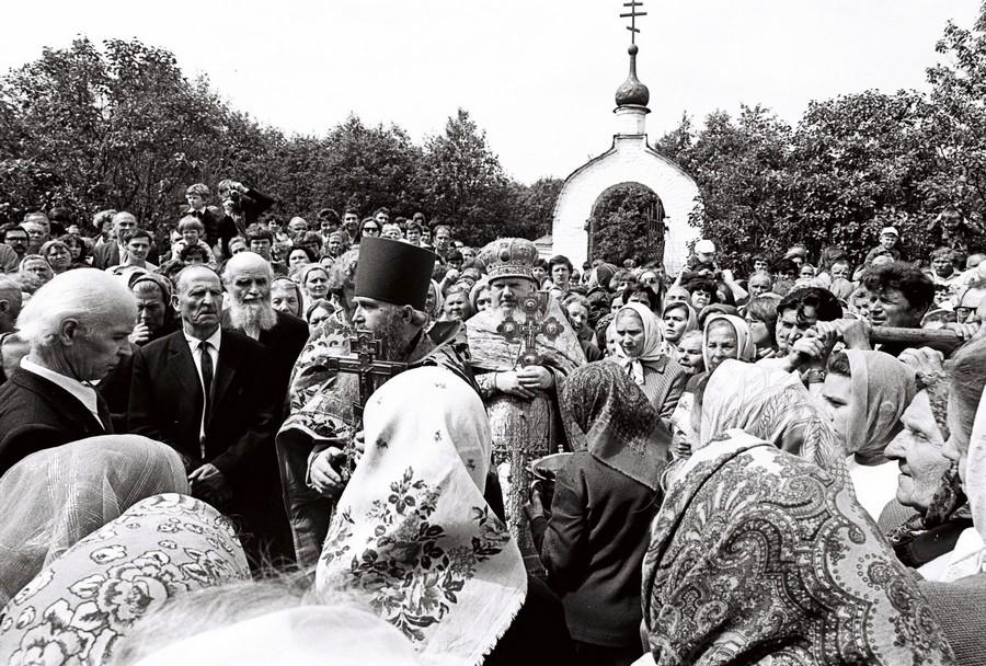 Крестный ход с чтимым образом Свт. Николая Можайского.
